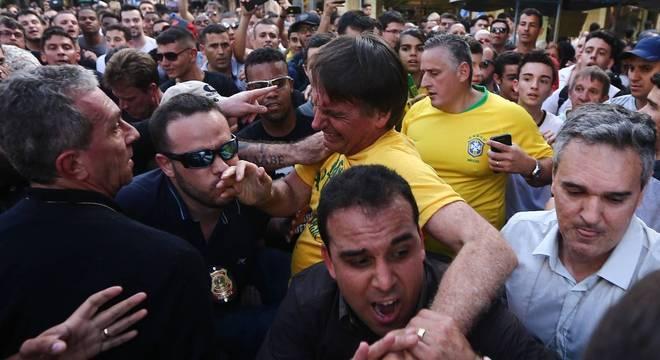 bolsonaro-esfaqueado-06092018170808448