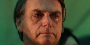 bolsonar_chorando